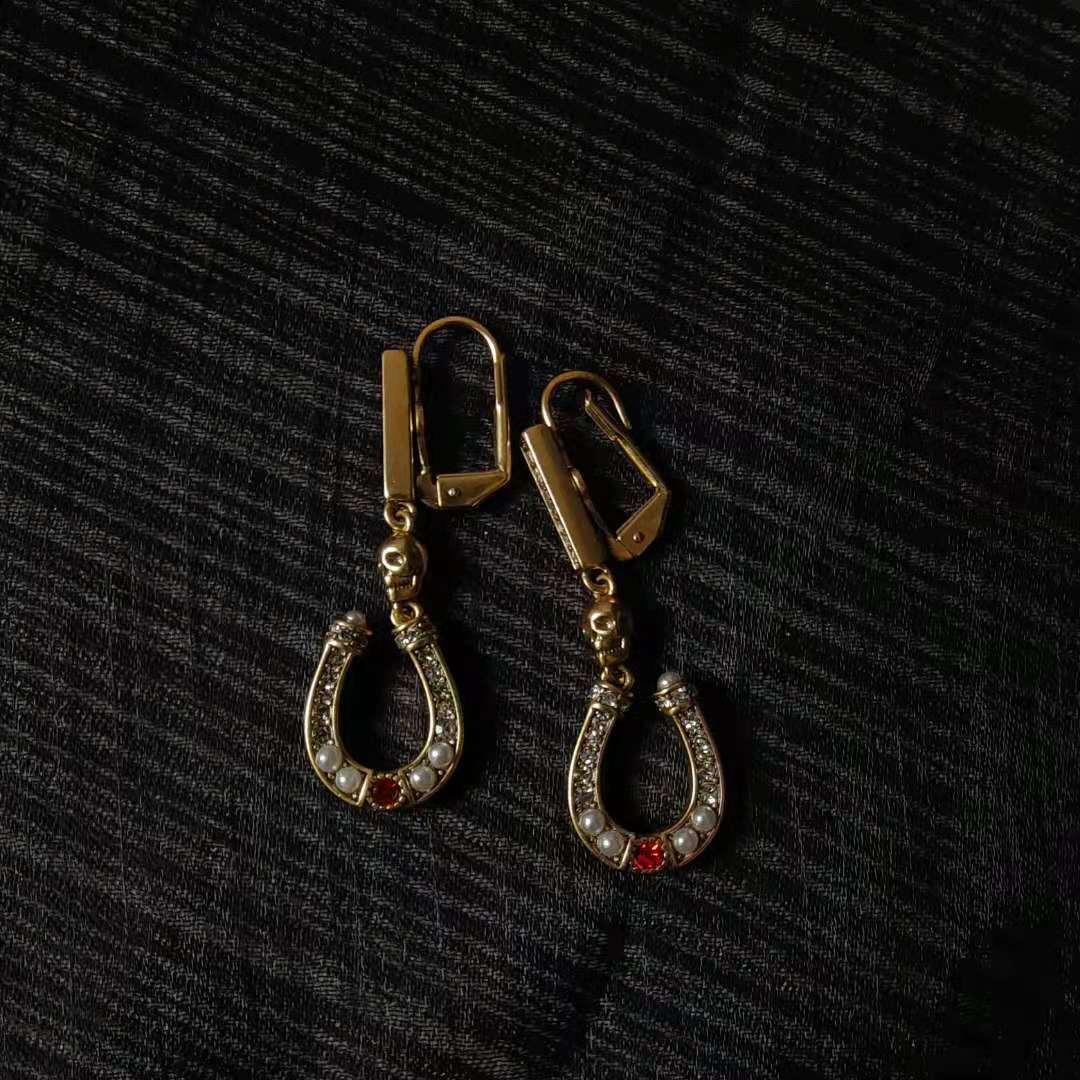 AD264E 收藏款 黄铜做旧镀金 形耳环 U 麦家马蹄 安晴高定系列