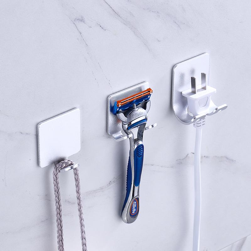 电源插头挂钩收纳厨房强力粘钩免打孔电线插座多功能壁挂墙壁电器