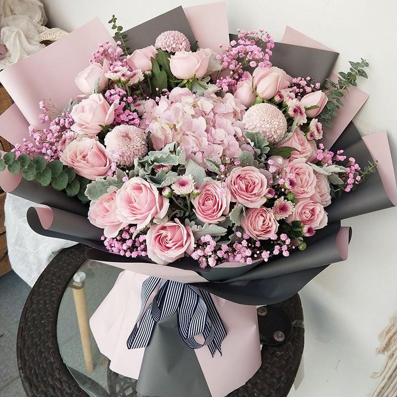 天津上海鲜花北京超大玫瑰花束熊抱同城送