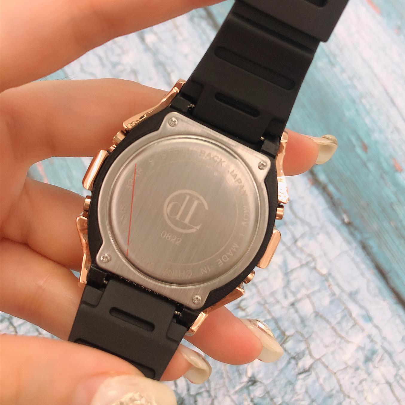 ins CDL 正品满钻橡胶带男女电子表多功能时尚情侣方块 超火电子手表