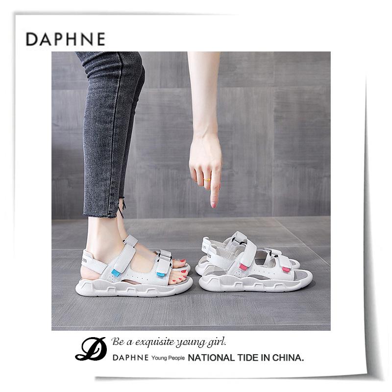 新款夏季时尚魔术贴轻便软底沙滩鞋 2020 达芙妮运动凉鞋女 Daphne
