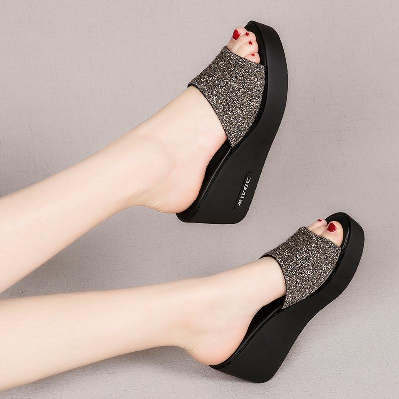 女士坡跟凉拖鞋2019夏新款外穿时尚厚底高跟一字拖女鞋网红松糕鞋