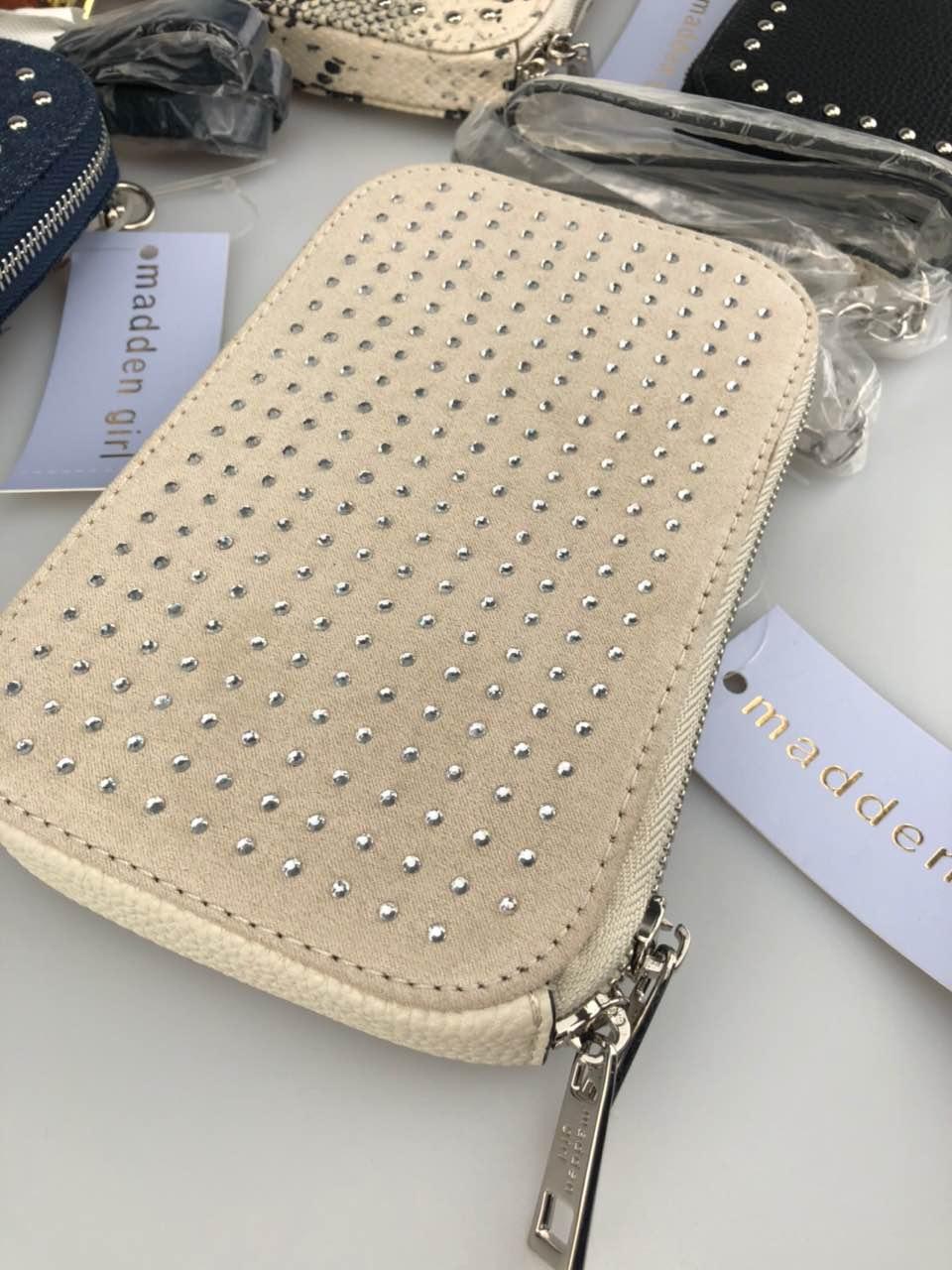 手机包零钱包卡包女包链条可斜挎打钉时髦百搭潮流轻便出口实拍