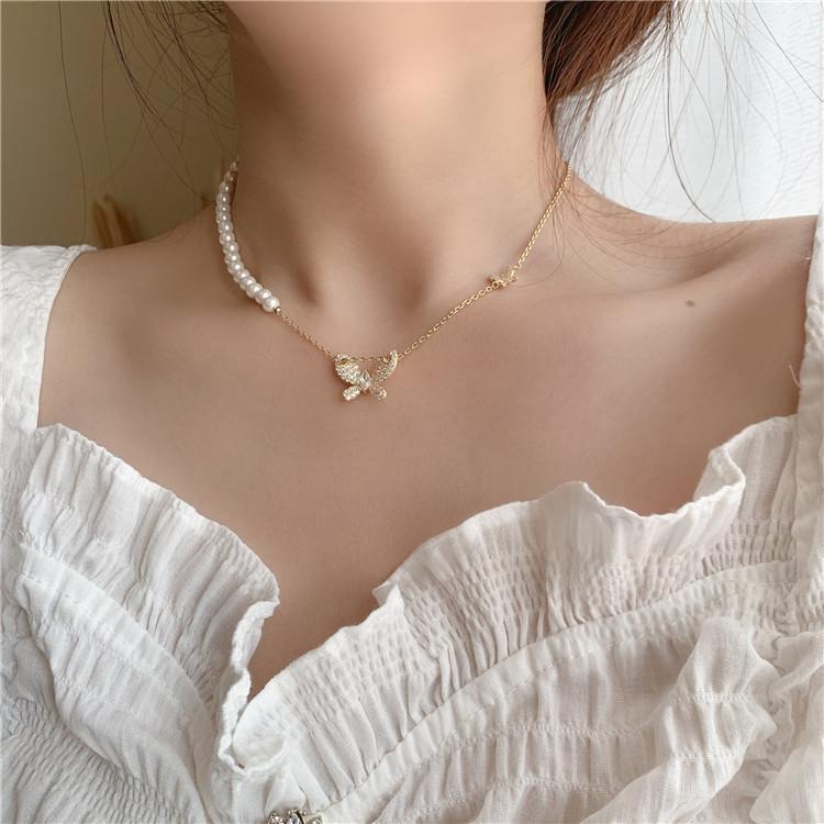 小清新蝴蝶珍珠不对称项链可抽拉强保色精致锁骨链女毛衣链