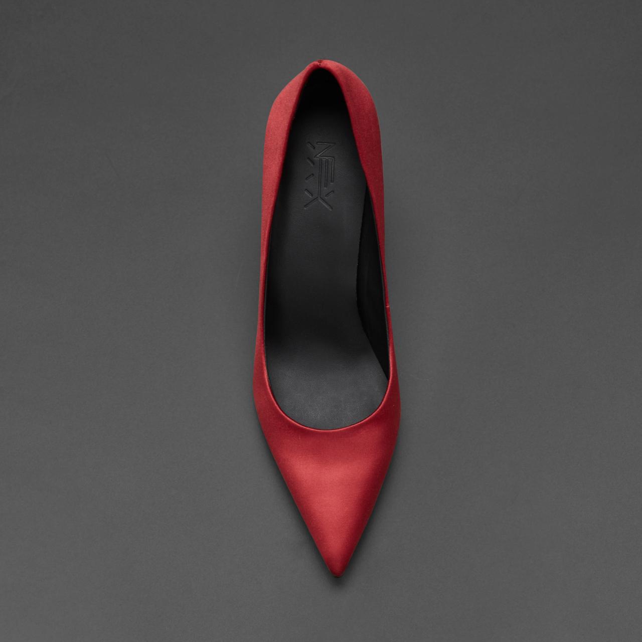烫社交女鞋红色真丝超细高跟鞋尖头浅口婚礼宴会新娘性感气质单鞋