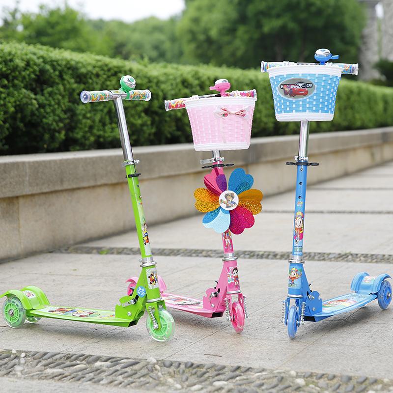 儿童滑板车闪光三轮男孩女宝宝两2-3-56岁小孩单脚折叠滑滑溜溜车