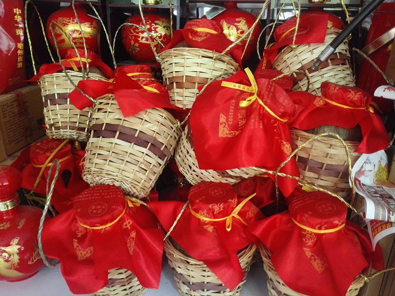 玫瑰花瓣酿造于阁老 度 53 斤装 10 山东玫瑰坛子酒平阴玫瑰露酒白酒