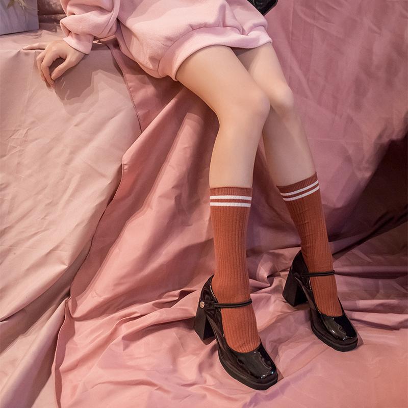 2020新款春日系玛丽珍鞋女粗跟单鞋方头漆皮一字扣复古高跟浅口鞋