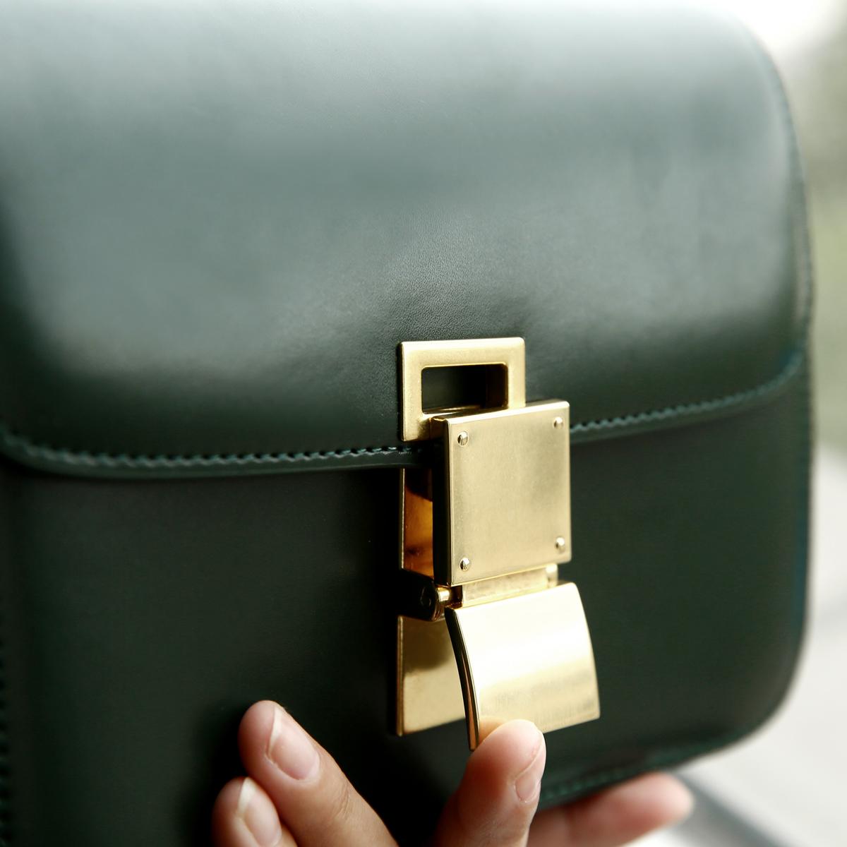 盒子包单肩手拿包 经典永恒复古方包 进口牛皮 爆红到人手一只