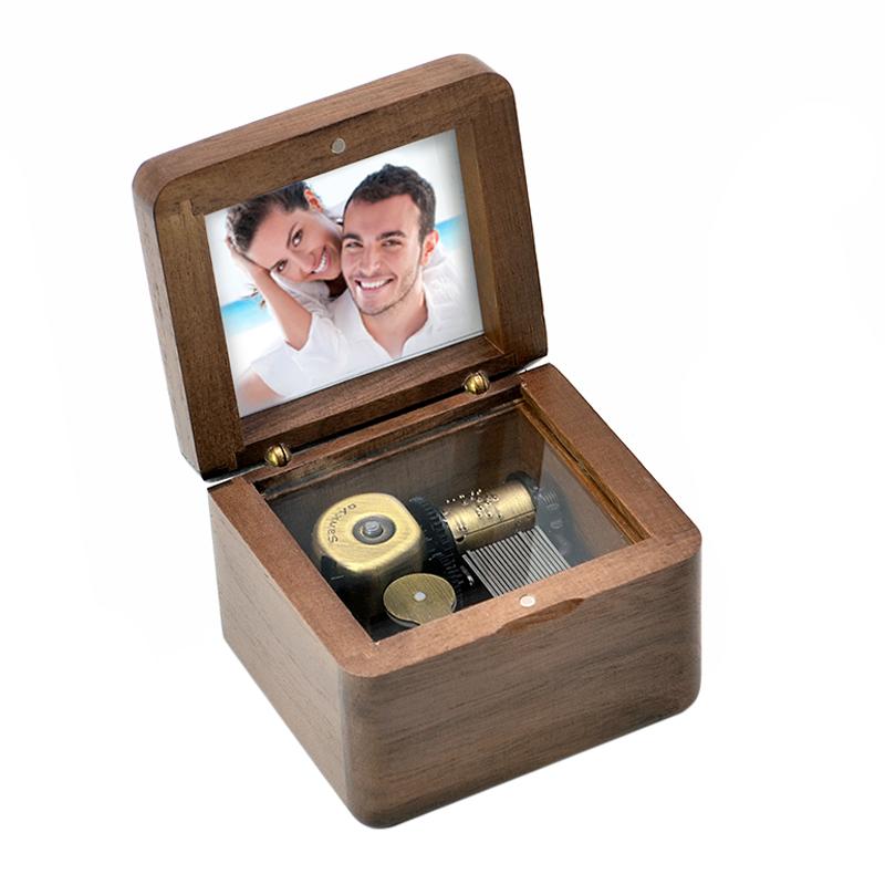 音乐盒八音盒天空之城送女生女友儿童情人节生日礼物 diy 木质照片