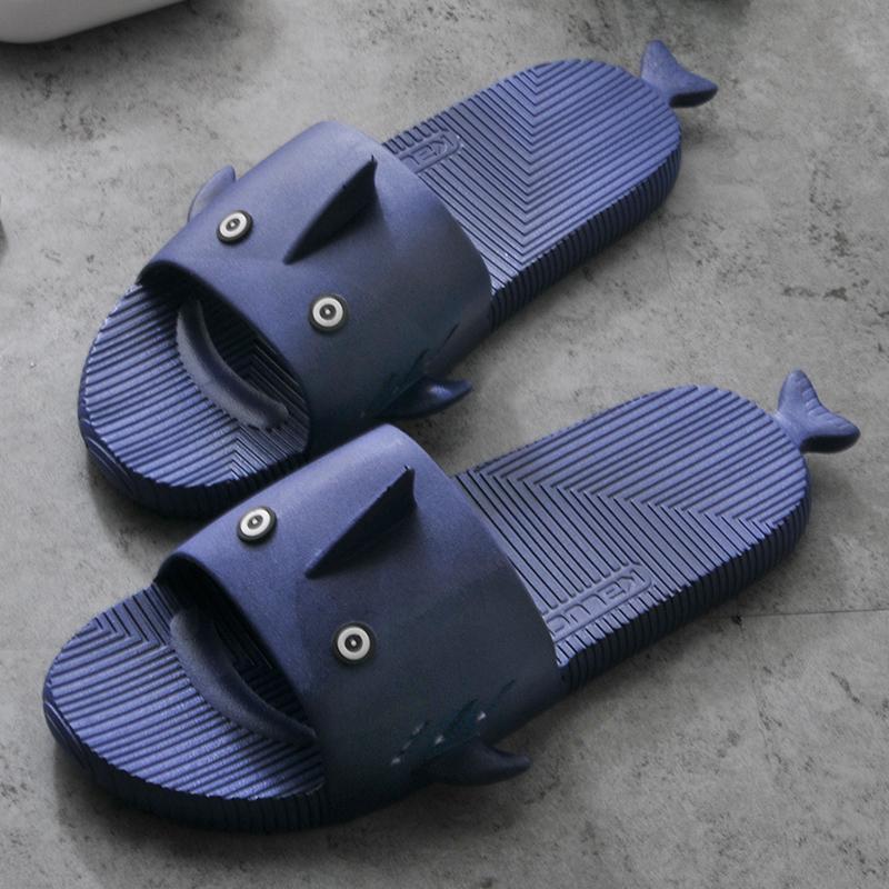 夏天卡通鲨鱼男士沙滩拖鞋室内外穿一字凉拖鞋浴室洗澡柔软舒适夏