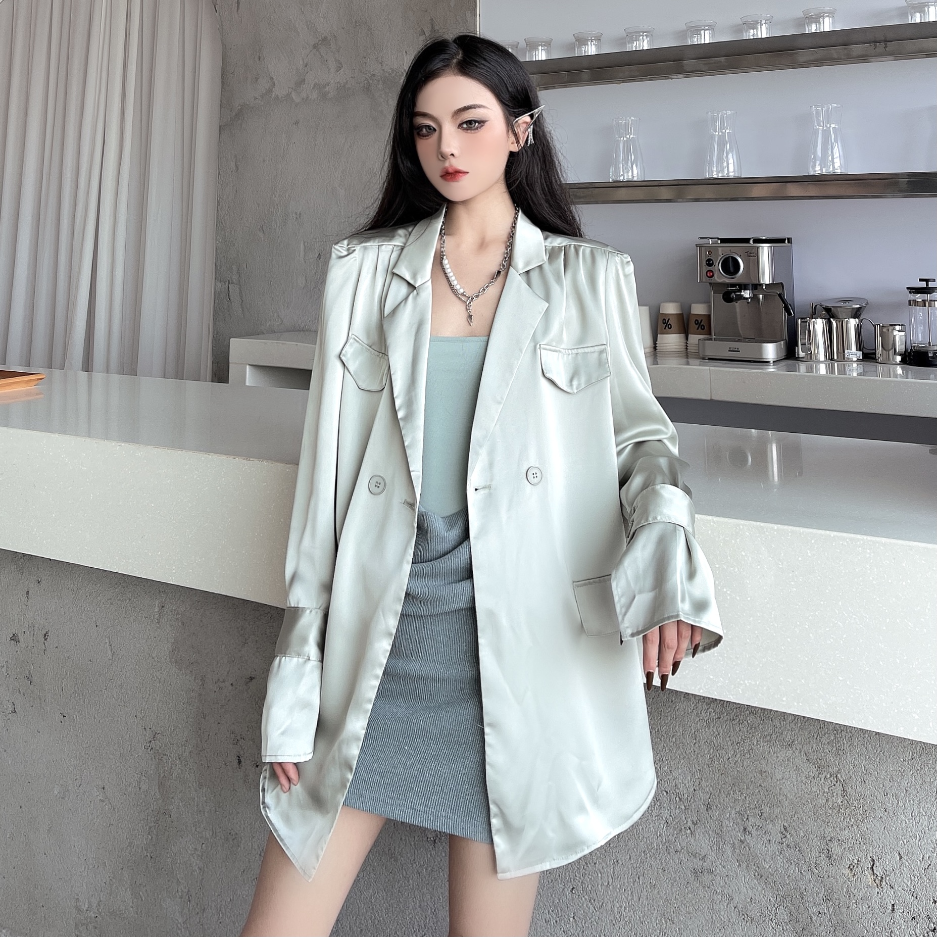 大码女装2021早秋新款缎面衬衫宽松显瘦西装外套包臀连衣裙套装潮
