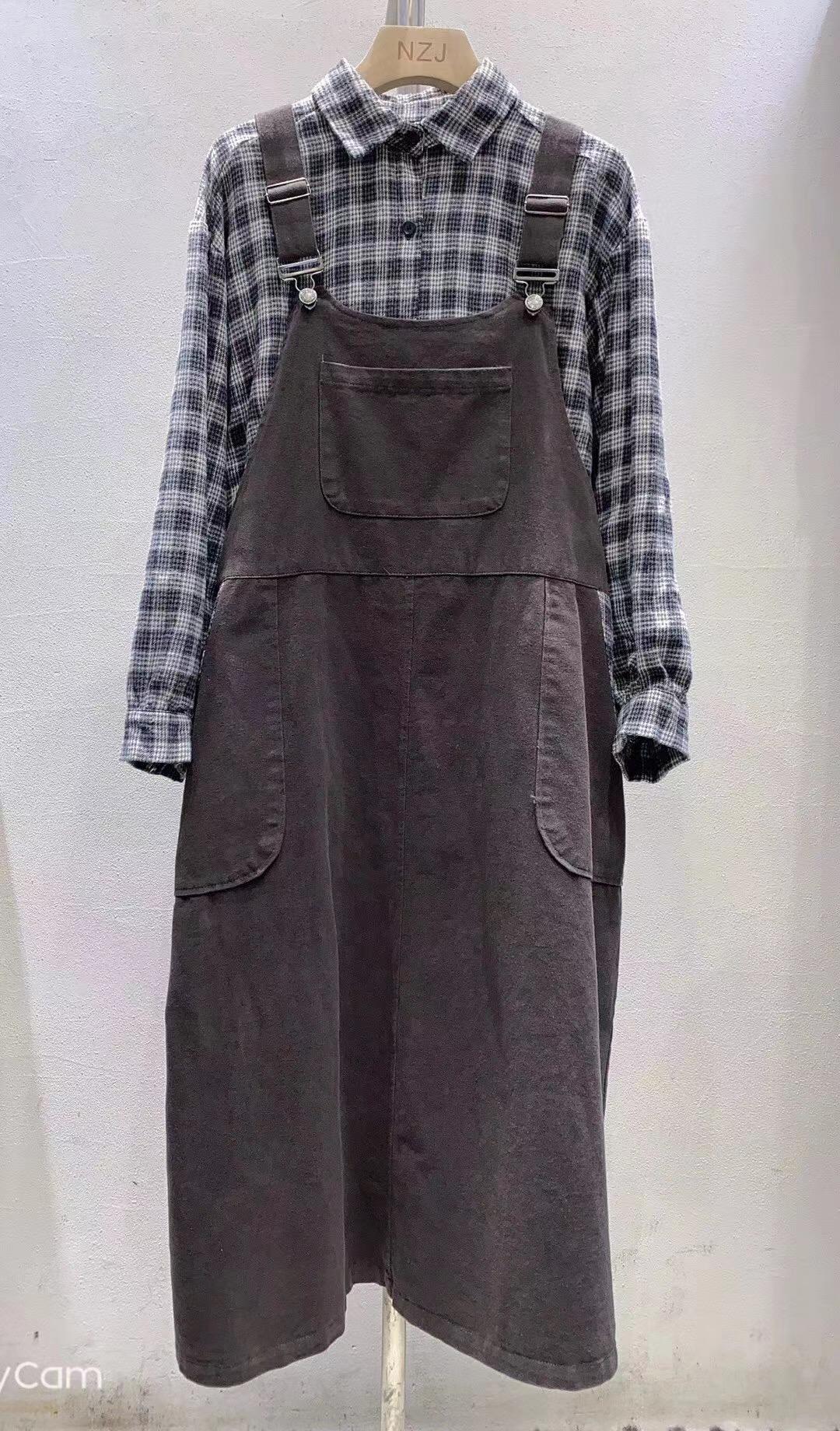 属扣背带连衣裙套装女