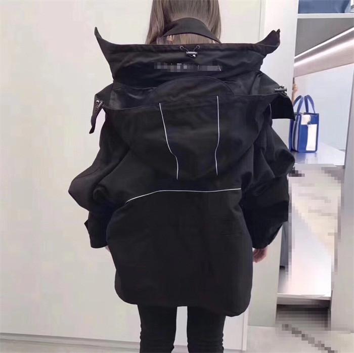 2021年春秋新款原宿宽松百搭黑色中长款连帽冲锋衣风衣外