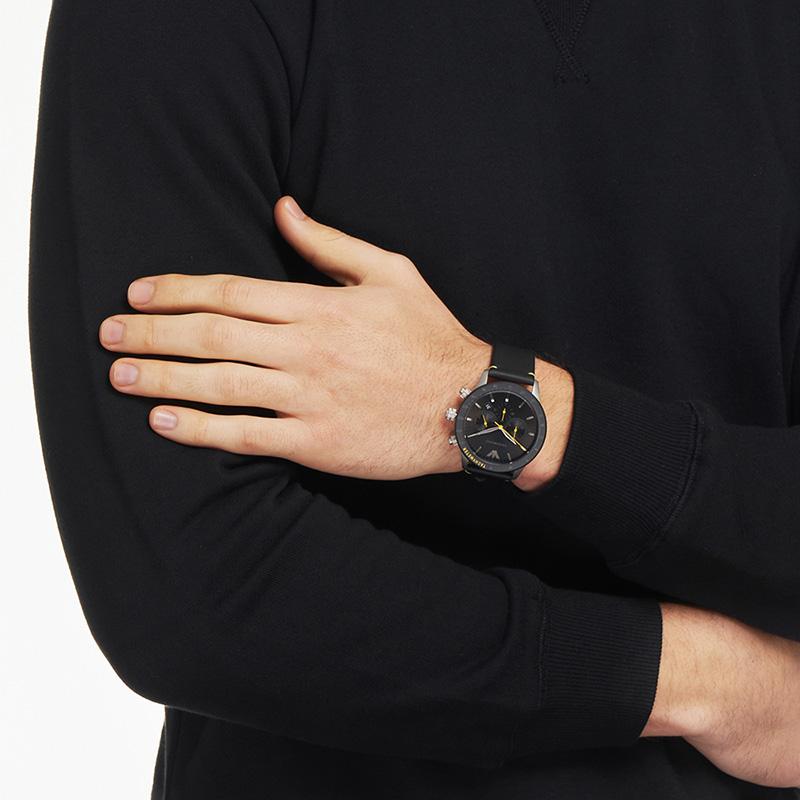 Armani阿玛尼男款手表酷黑潮流时尚潮流防水飞行员石英表AR11325