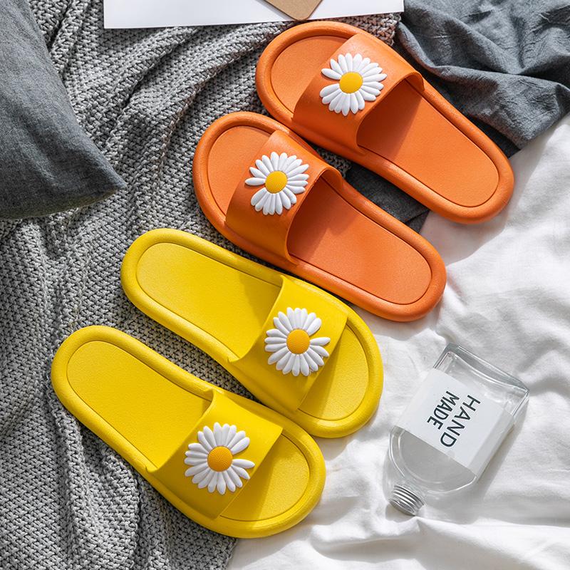 拖鞋女夏天2020新款室内防滑浴室内家居家用ins潮可爱外穿凉拖鞋 - 图1