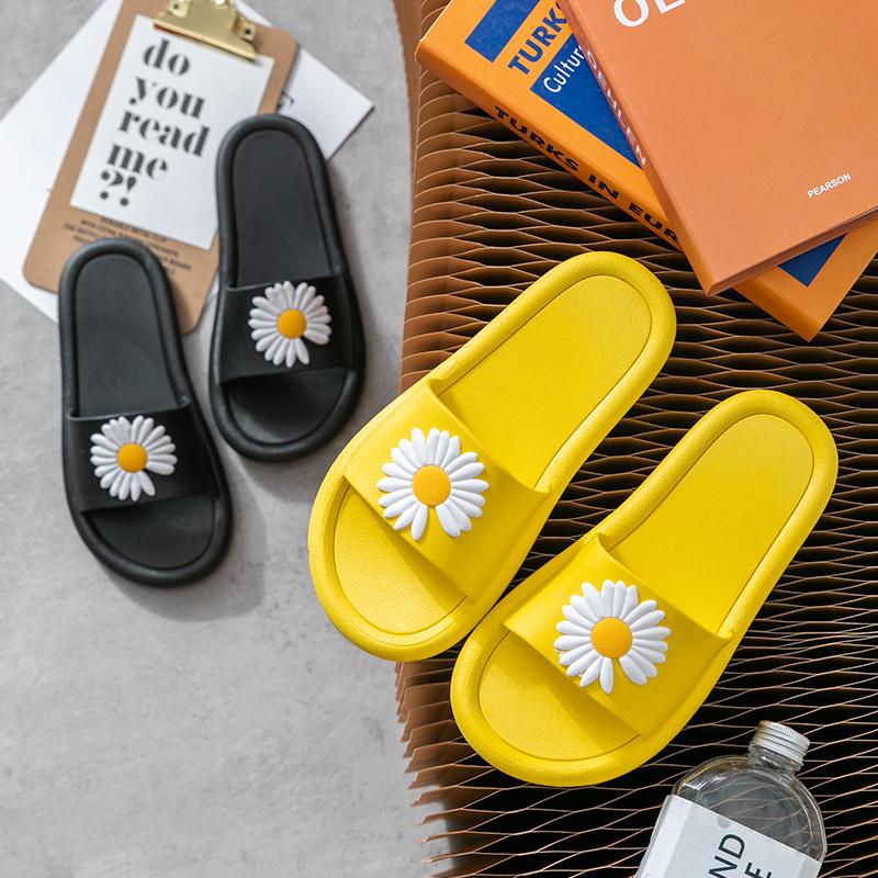拖鞋女夏天2020新款室内防滑浴室内家居家用ins潮可爱外穿凉拖鞋 - 图2