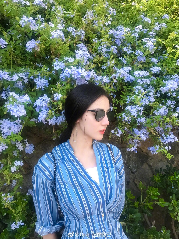 2017迪丽热巴同款蓝色条纹衬衫竖条纹连衣裙秋冬短衣服百搭外套女