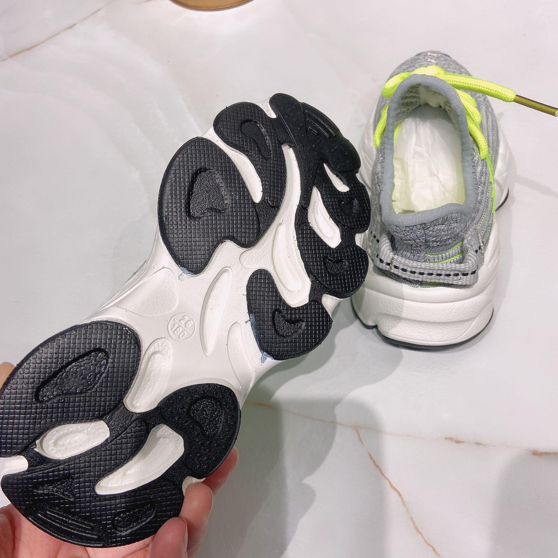 春秋男女中大童椰子鞋透气超轻学生跑鞋运动鞋老爹鞋童鞋 A988 A10