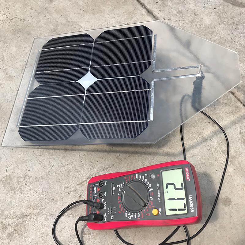 单晶太阳能电池板 2V10W光伏DIY充电板可制作给12V24V蓄电池充电
