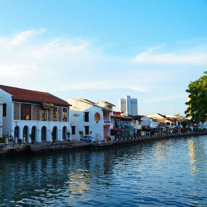 马来西亚旅游吉隆坡马六甲一日游布城粉红清真寺荷兰红屋中文服务