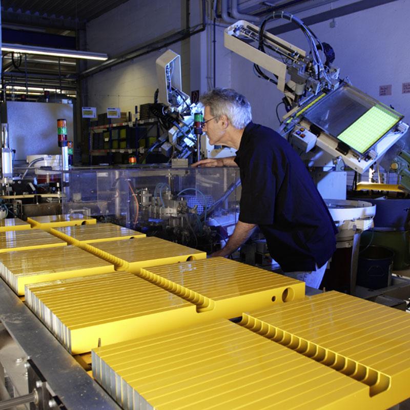 德国西德宝水平尺高精度铝合金防摔2米原装进口平水尺贴地板砖