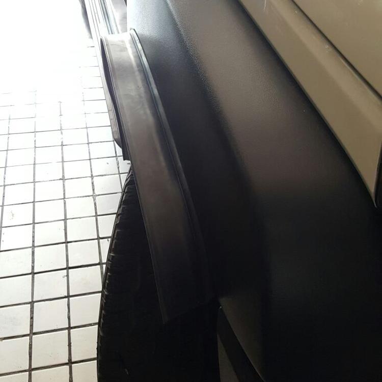 越野SUV汽车轮胎负值改装加宽体轮眉通用轮眉挡泥胶皮橡胶条防撞