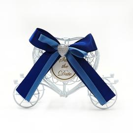 新品结婚婚庆婚礼礼品盒子个性创意马口铁欧式童话马车喜糖盒