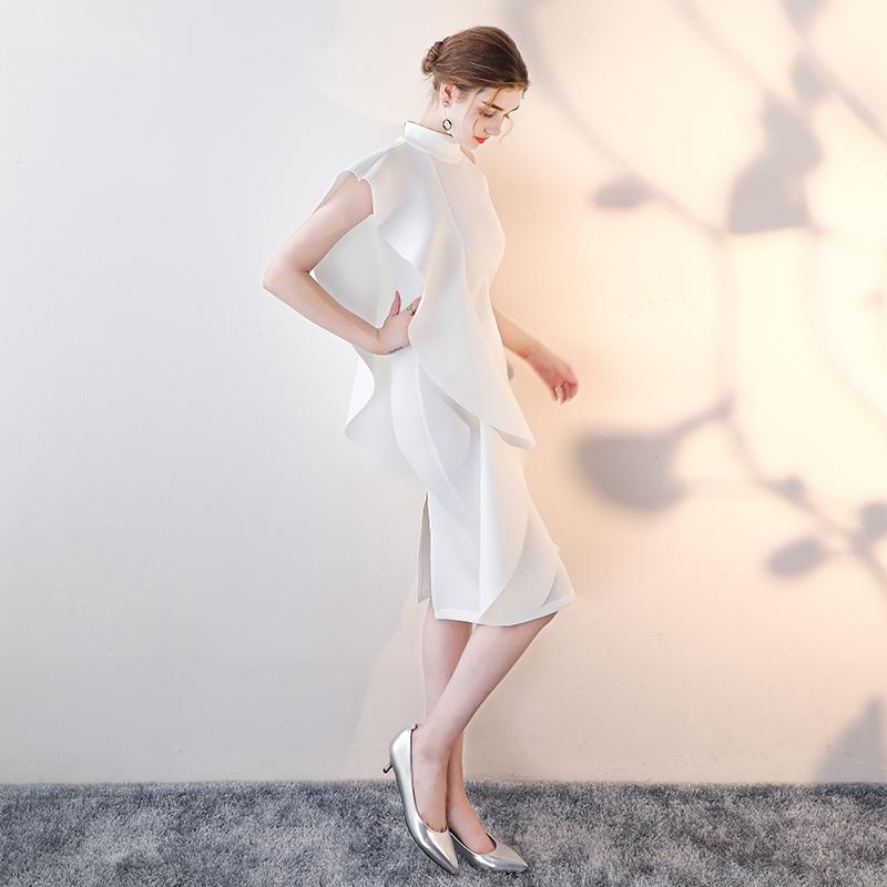 白色小晚礼服2019新款秋宴会挂脖主持人连衣裙女生日派对名媛洋装