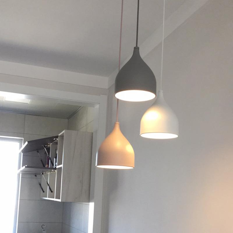 北欧餐厅吊灯吧台三头餐厅灯单头单个床头饭厅餐桌现代简约奶茶店