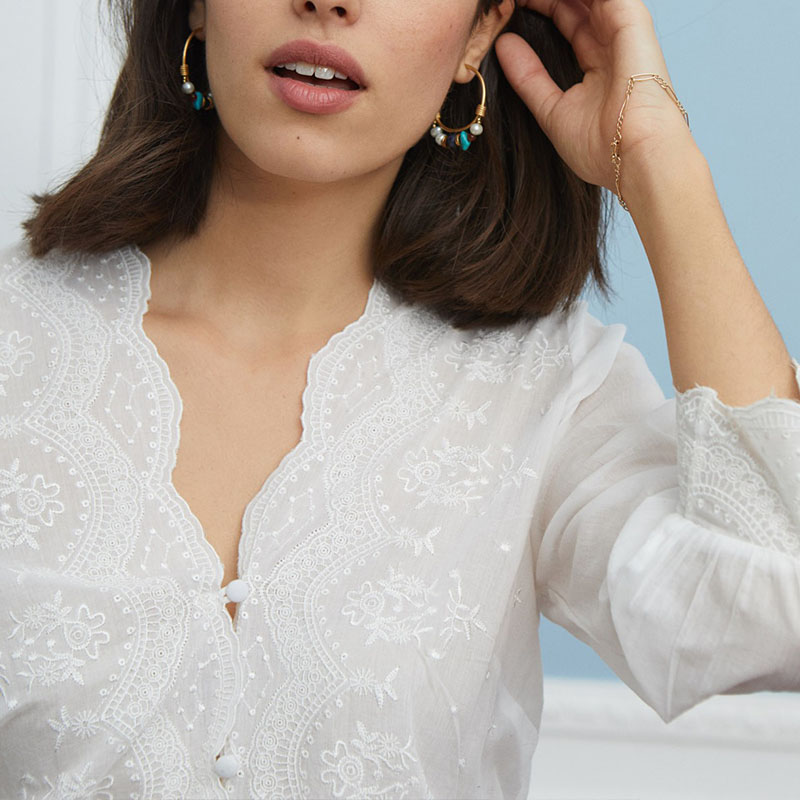 现货20法式度假风精品百搭超仙V领宽松纯棉刺绣长袖衬衫气质上衣