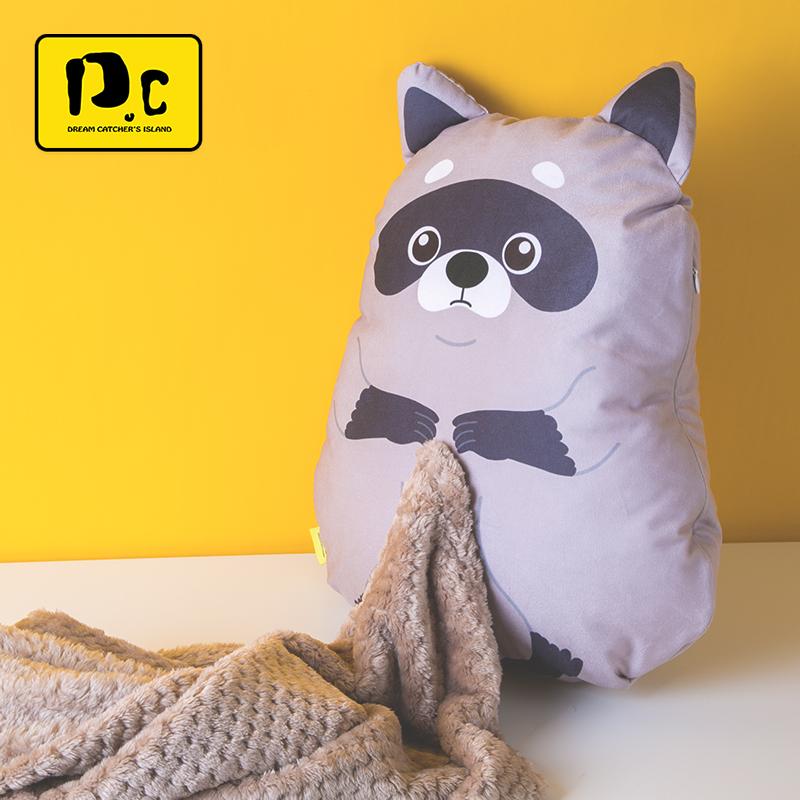 捕梦岛猪年卡通午睡毯抱枕被子两用毯子汽车办公室空调被靠枕枕头
