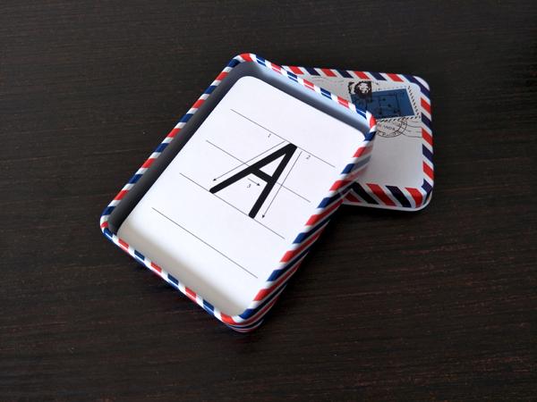 人教手写体英语字母卡单面四线格无图26个大小写幼儿启蒙认知卡片