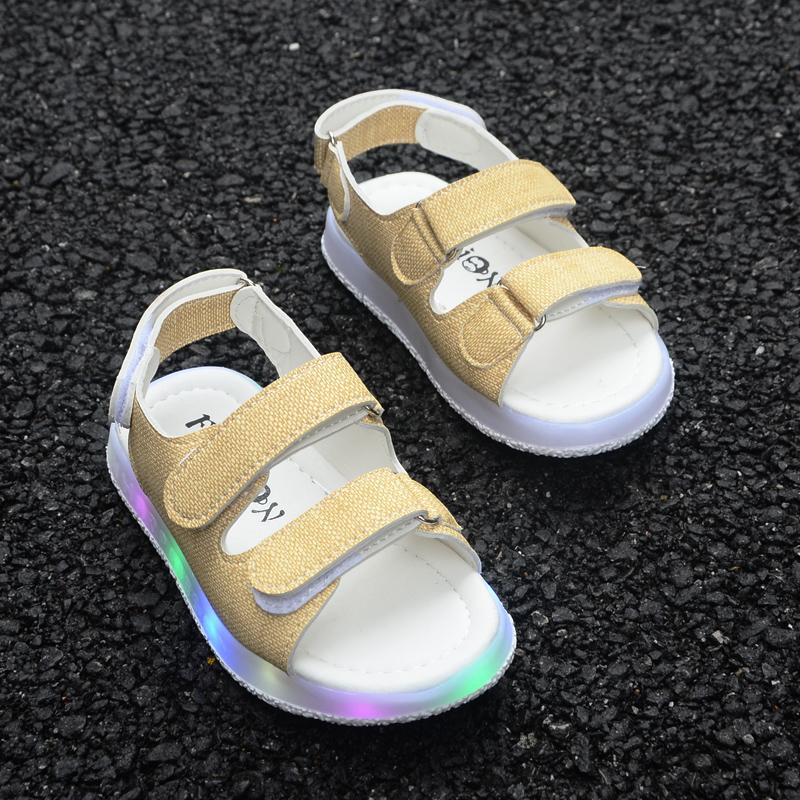 2018夏季女宝宝软底学步凉鞋闪灯鞋男童沙滩鞋1-3岁2韩版儿童凉鞋