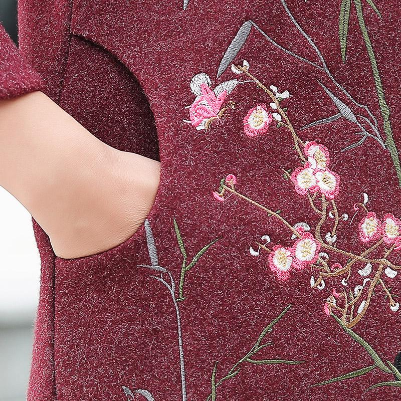中年女冬装毛呢外套妈妈装棉衣风衣 新款秋春装中老年妇女套装  2020