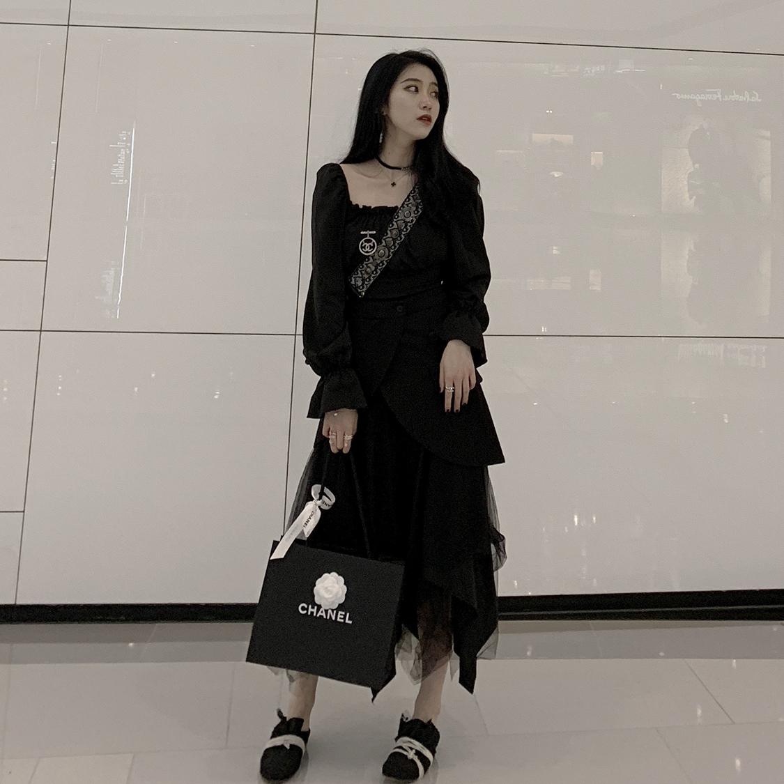 韩笑Mia 2020夏新款黑色拼接假两件腰封不规则蓬蓬网纱裙