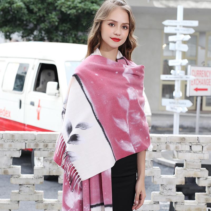 粉色围巾女百搭空调披肩办公室秋季外搭夏季搭裙子斗篷仿羊毛羊绒