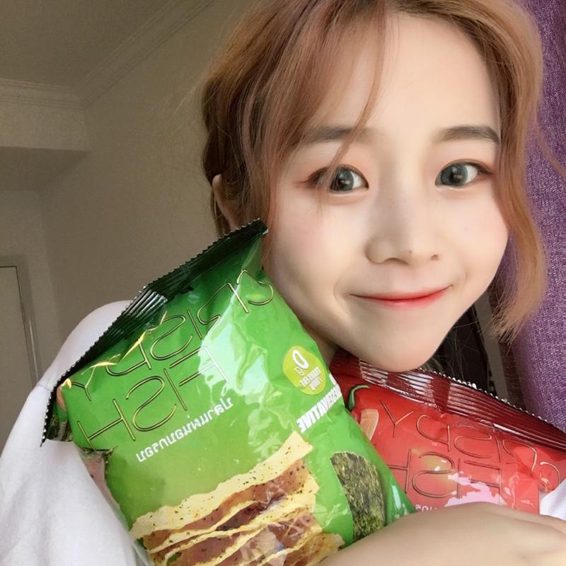 买3包送1包泰国进口酥寻鱼脆片低脂薯片海苔味哄女友小零食大礼包