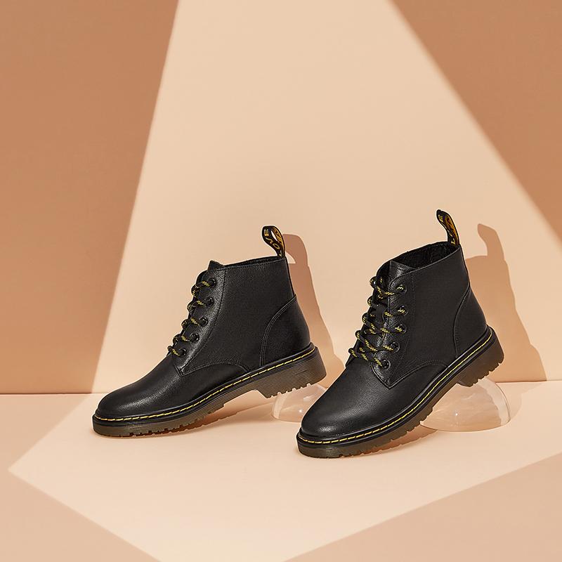 WUZ01DD0 冬时尚马丁靴显脚小英伦风圆头高帮女短靴新 2020 他她 Tata