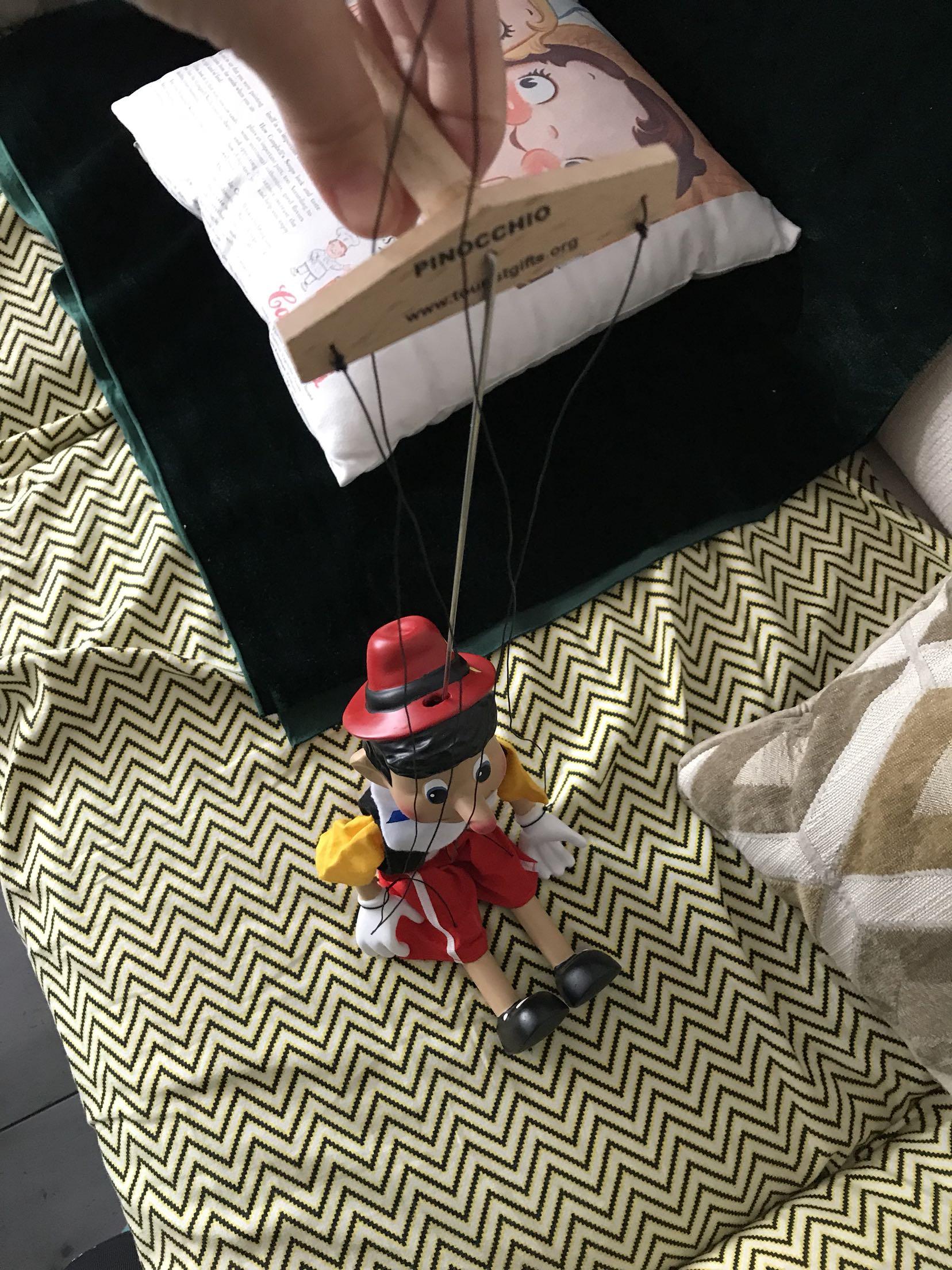 现货超值蓝白格子款 捷克订单匹诺曹拉线木偶提现木偶超精致礼物