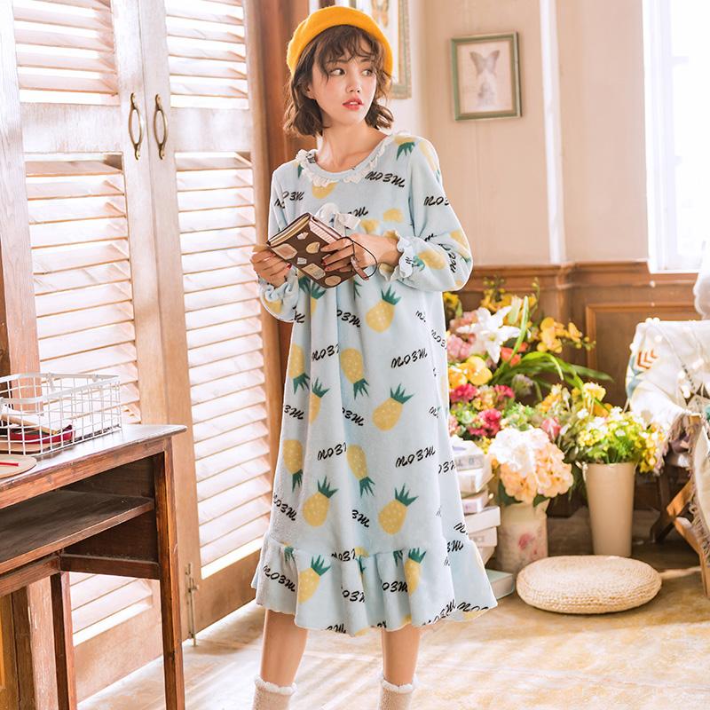 睡衣女珊瑚绒秋冬韩版长袖中长睡裙加厚保暖菠萝可爱法兰绒家居服