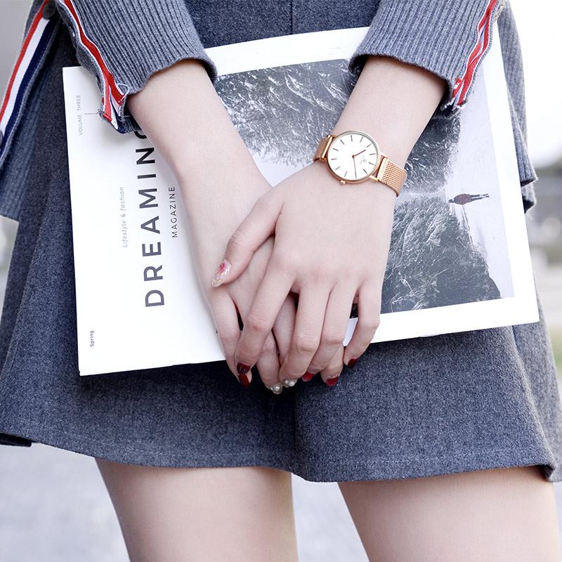 天王手表女生石英表抖音同款时尚潮流网红手表简约防水学生表新品