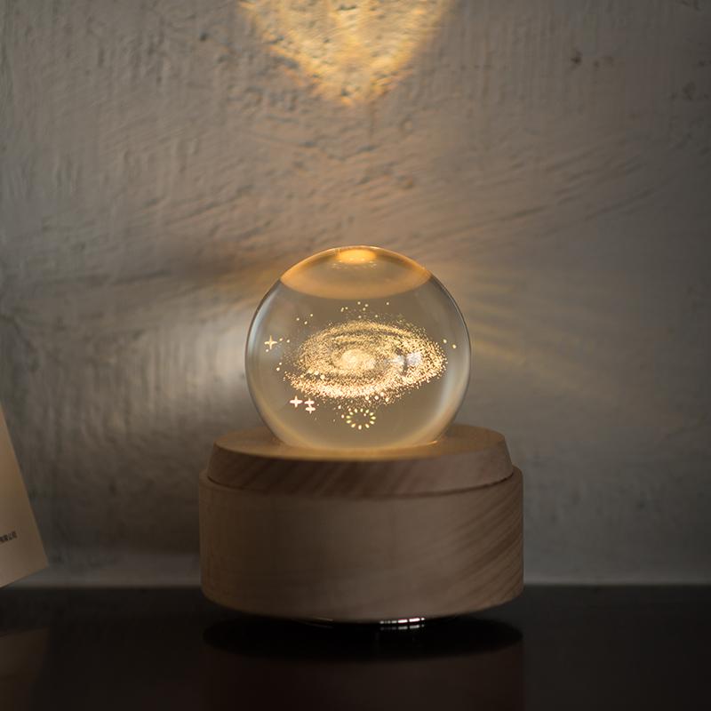 木质发光水晶球音乐盒星空八音盒创意结婚婚庆礼品送朋友 jeancard