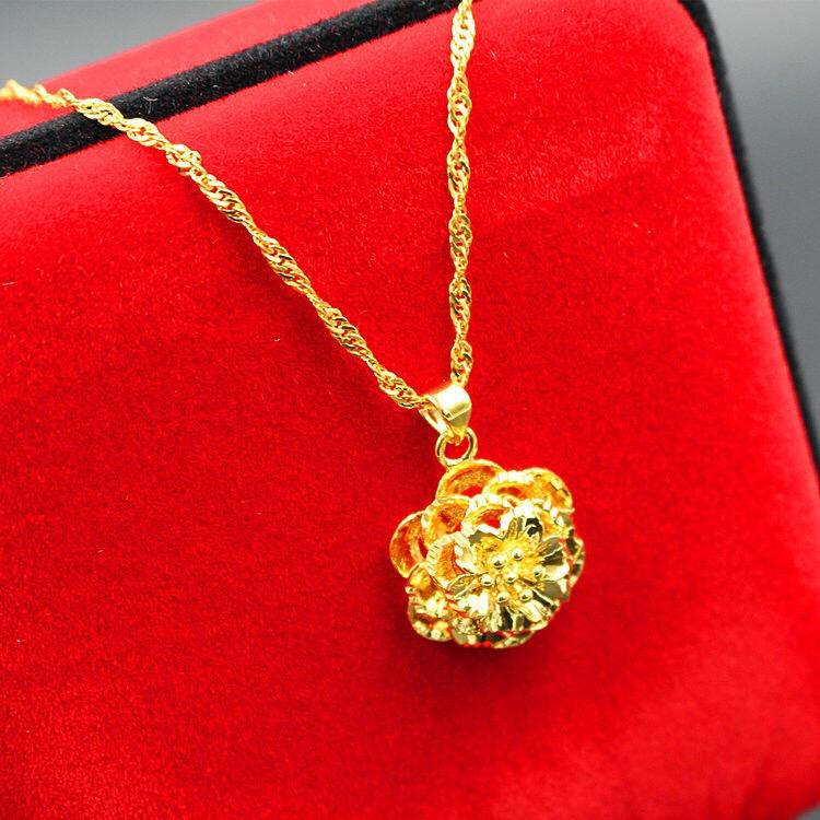 时尚经典黄金项链女款首饰细颈饰金锁骨百搭水波纹项链富贵花吊坠情人女友礼品