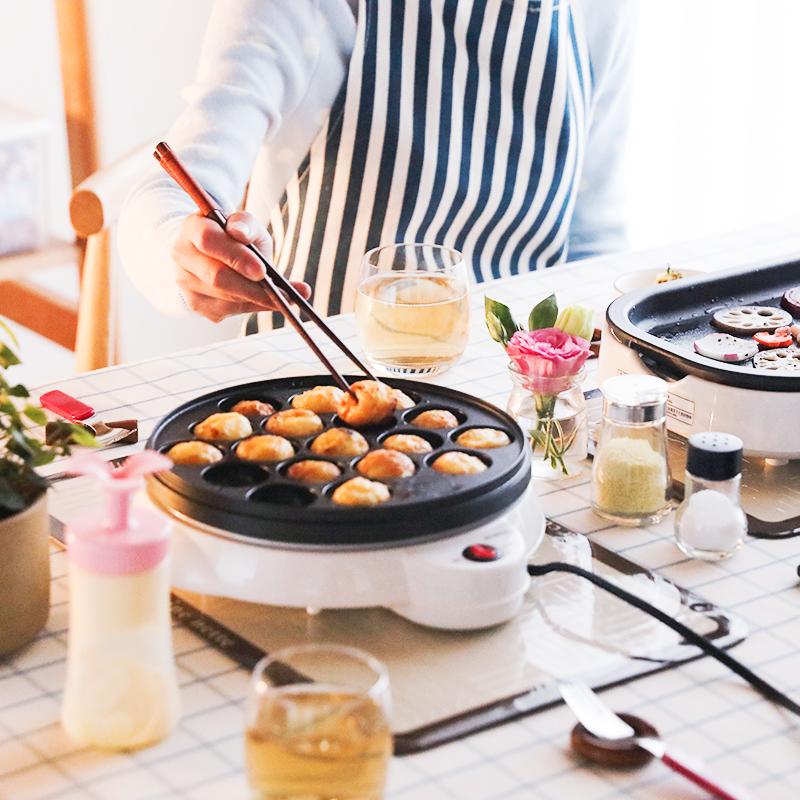 日本百元屋爱丽思章鱼烧机器家用章鱼小丸子机电热烤盘机蛋糕机器