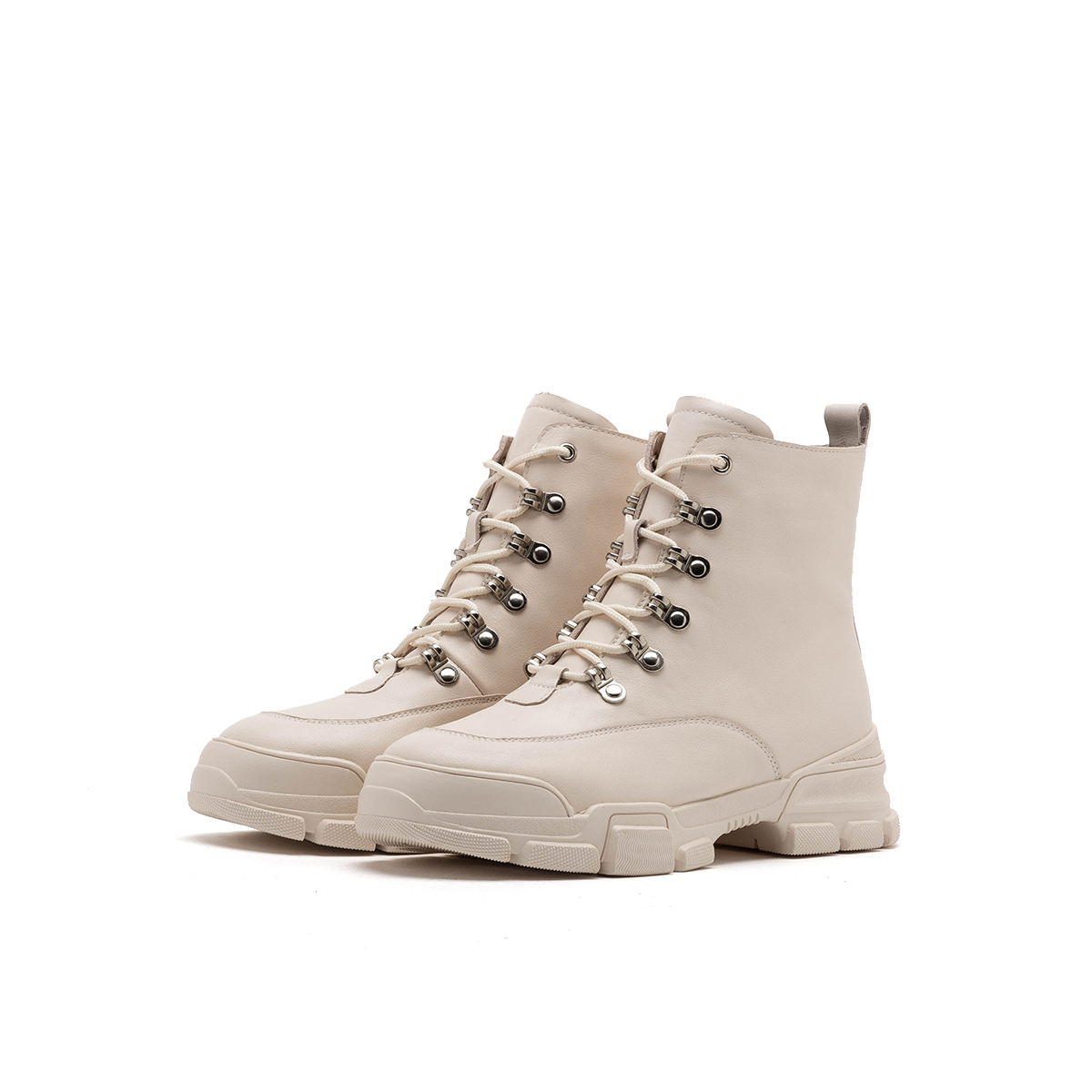 SS93116096 秋冬新款英伦风短靴单靴女鞋 2019 星期六马丁靴 Sat & St