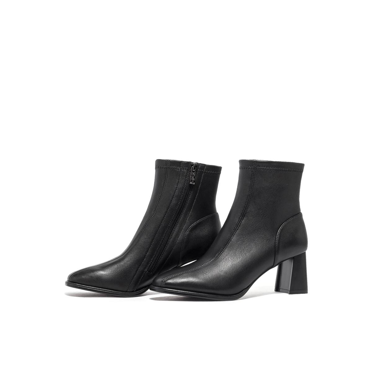 SS04116655 冬季新款短靴简约纯色侧拉链粗跟女靴时装靴 2020 星期六