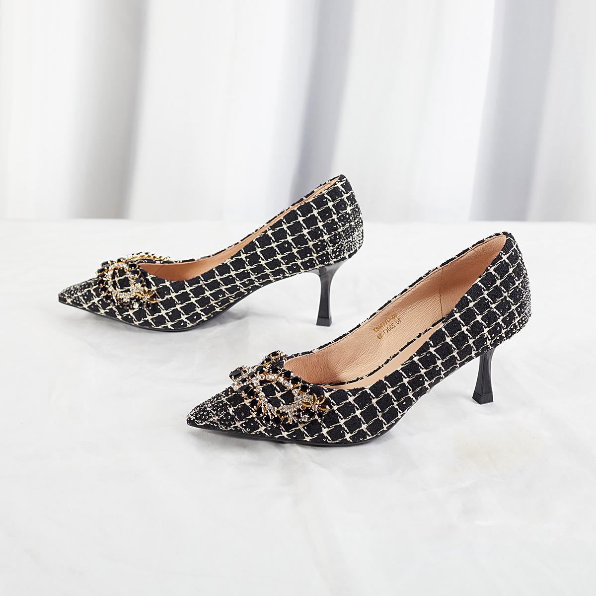 SS13111487 秋季新尖头细跟水钻装饰淑女风女鞋 2021 星期六假面单鞋