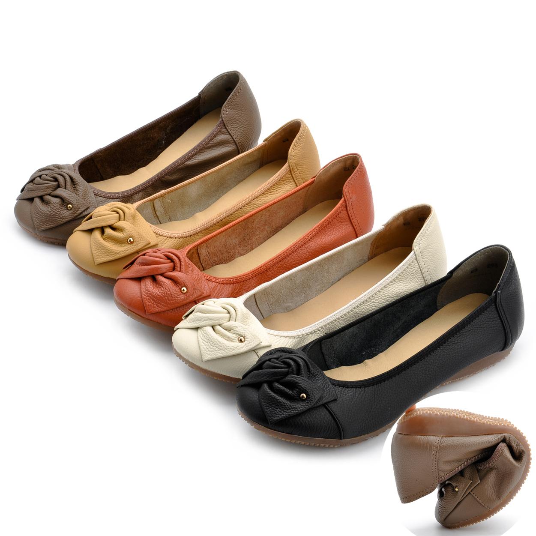 真皮一腳蹬媽媽鞋防滑舒適平底豆豆鞋牛筋底中年皮鞋軟底大碼春秋