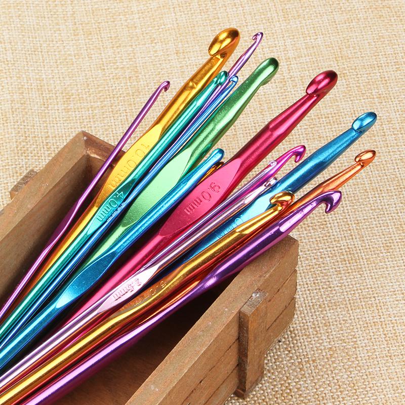 手工diy金属钩针毛线针 彩色氧化铝不锈钢织围巾勾针编织工具包邮
